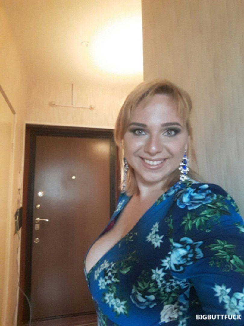 Голые женщины с большими жопами и сиськами