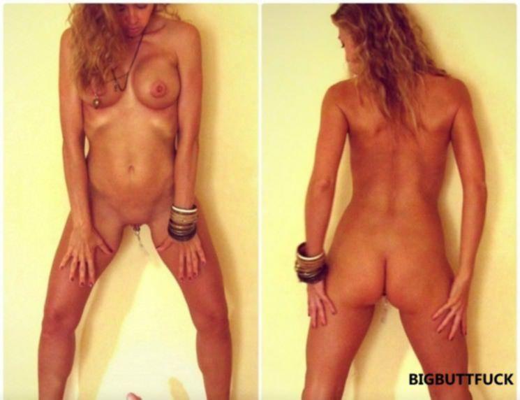 Спортивная блондинка уже хорошо роздрочила обе дырки