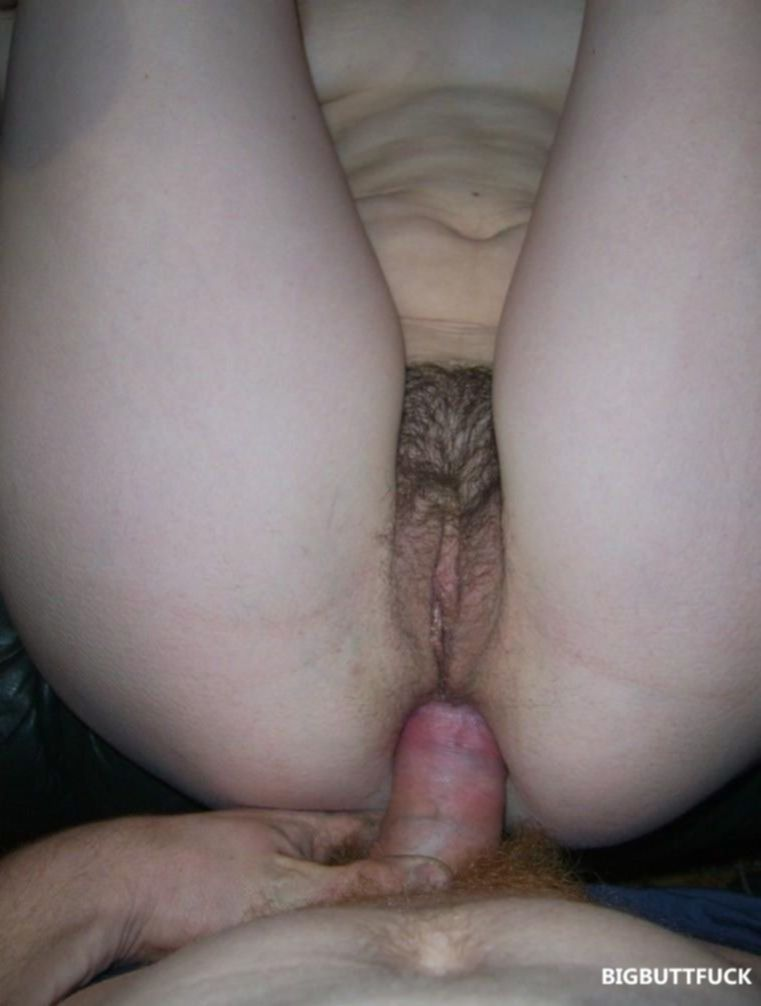 Зрелые жены с волосатыми письками любят анальный секс