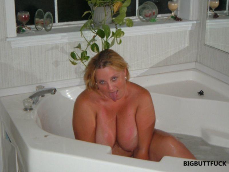 Интимные фото зрелой русской блондинки в теле