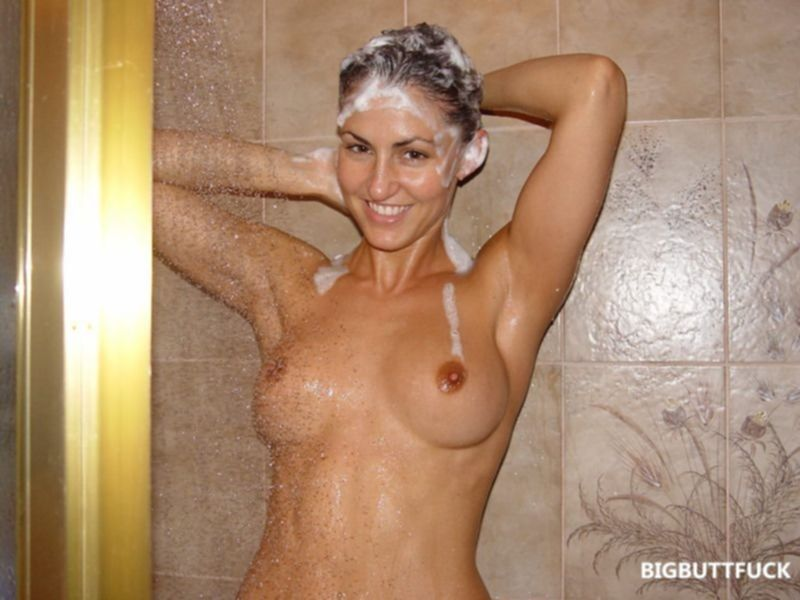 Любительские порно фото развратной брюнетки с шикарной фигурой