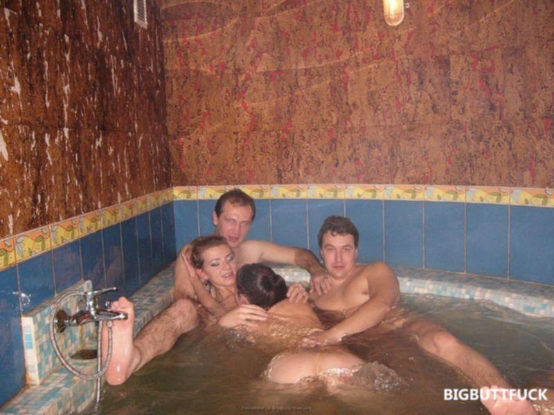 Частные порно фото русских семейных пар в сауне